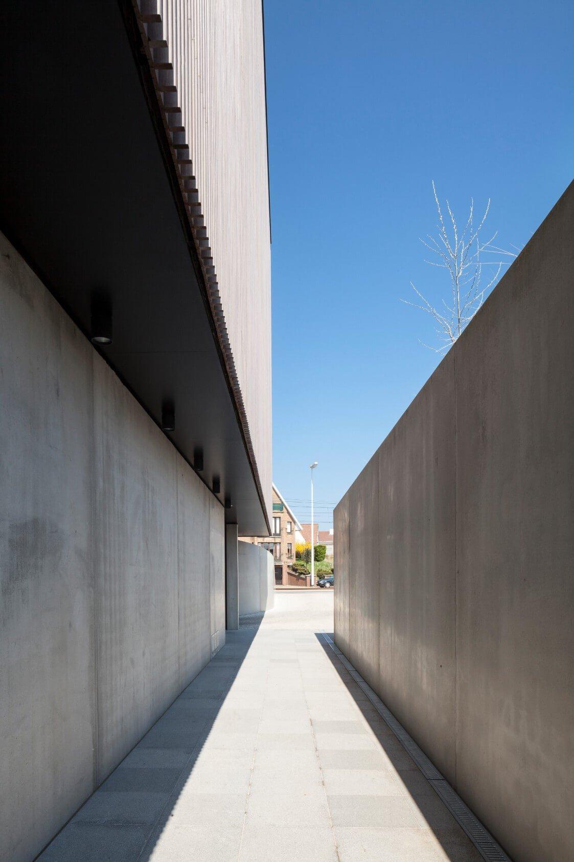 Res-JeanProuve-Rietveldprojects-photobytimvandevelde-10.jpg