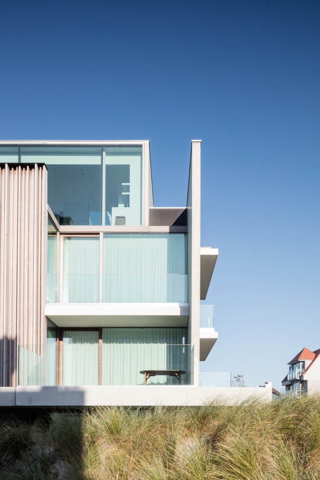 Rietveldprojects-Residence-ON-appartement-design-architectuur-kust-tvdv6