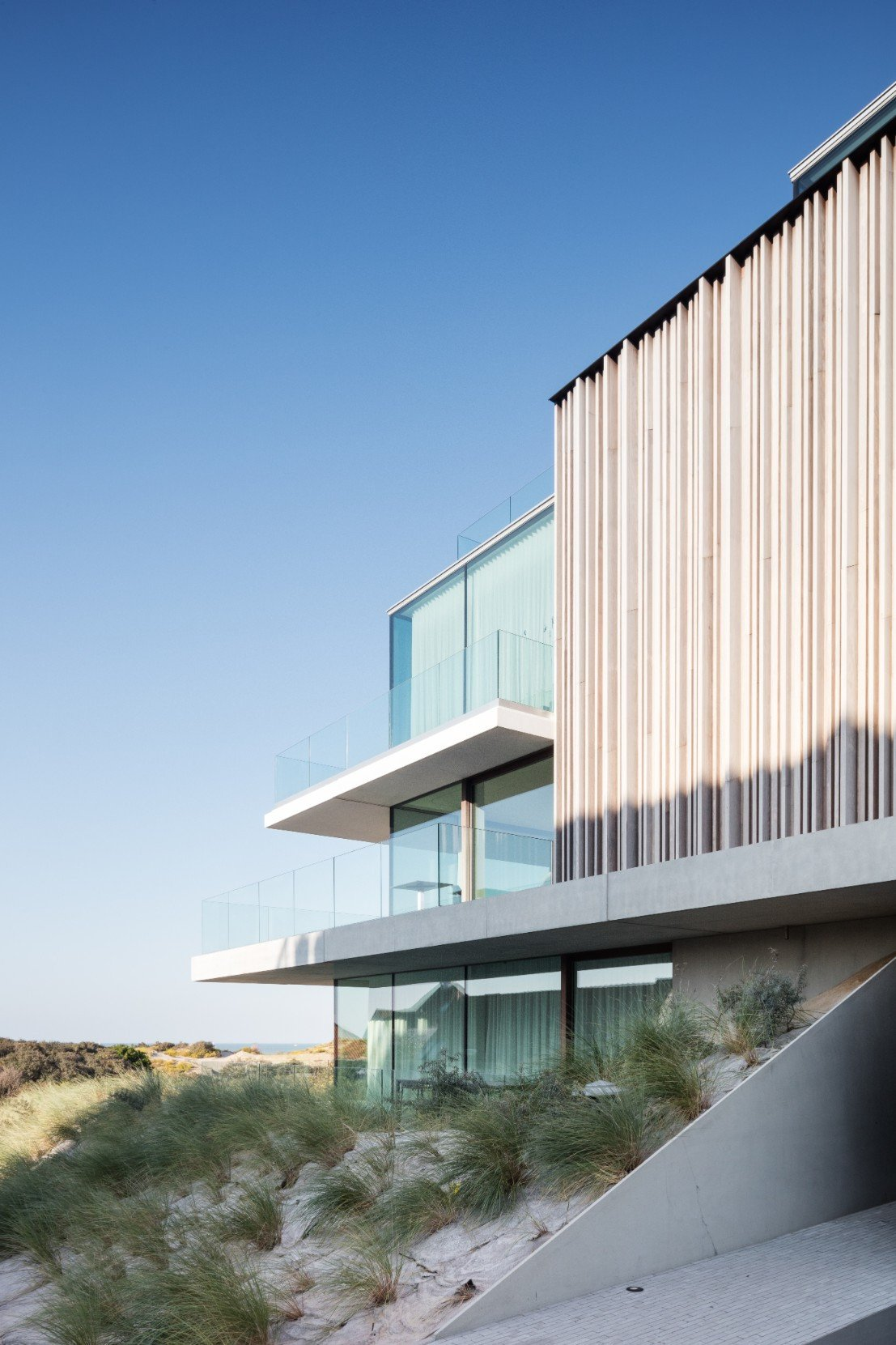 Rietveldprojects-Residence-ON-appartement-design-architectuur-kust-tvdv7