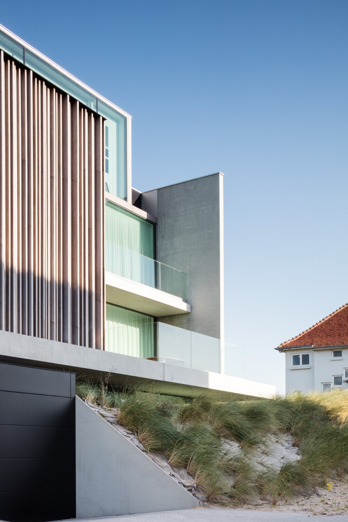 Rietveldprojects-Residence-ON-appartement-design-architectuur-kust-tvdv8