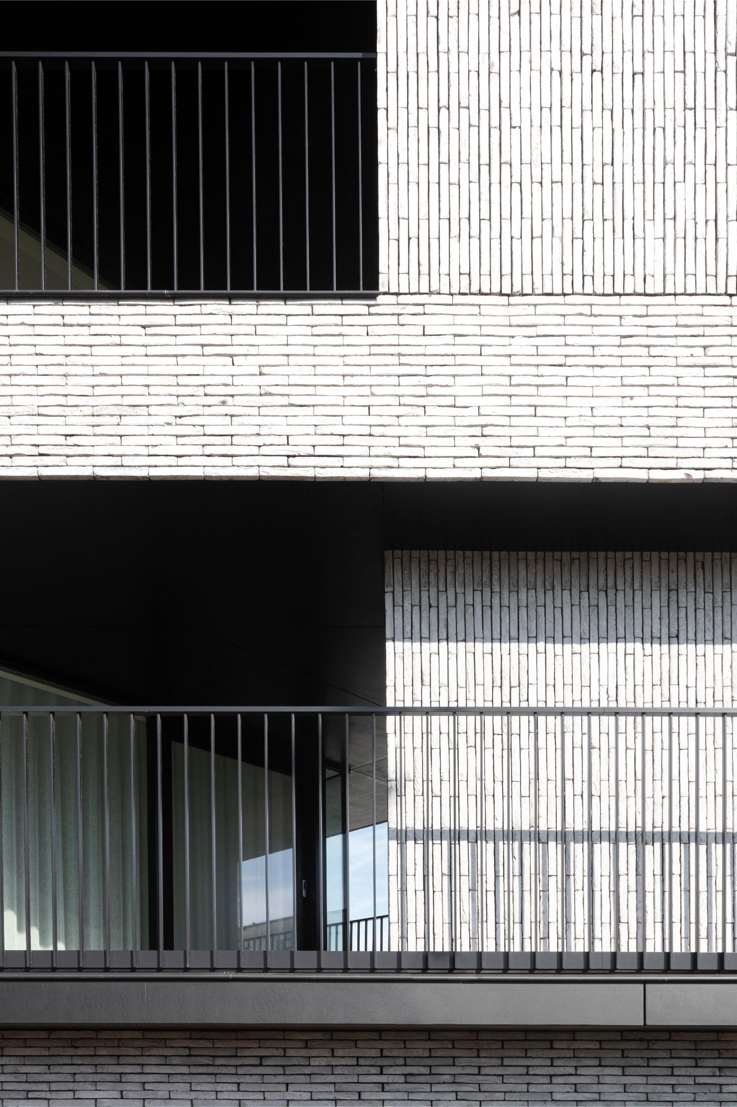 Pierre Paulin - Rietveldprojects - Sint-Idesbald - Tvdv8