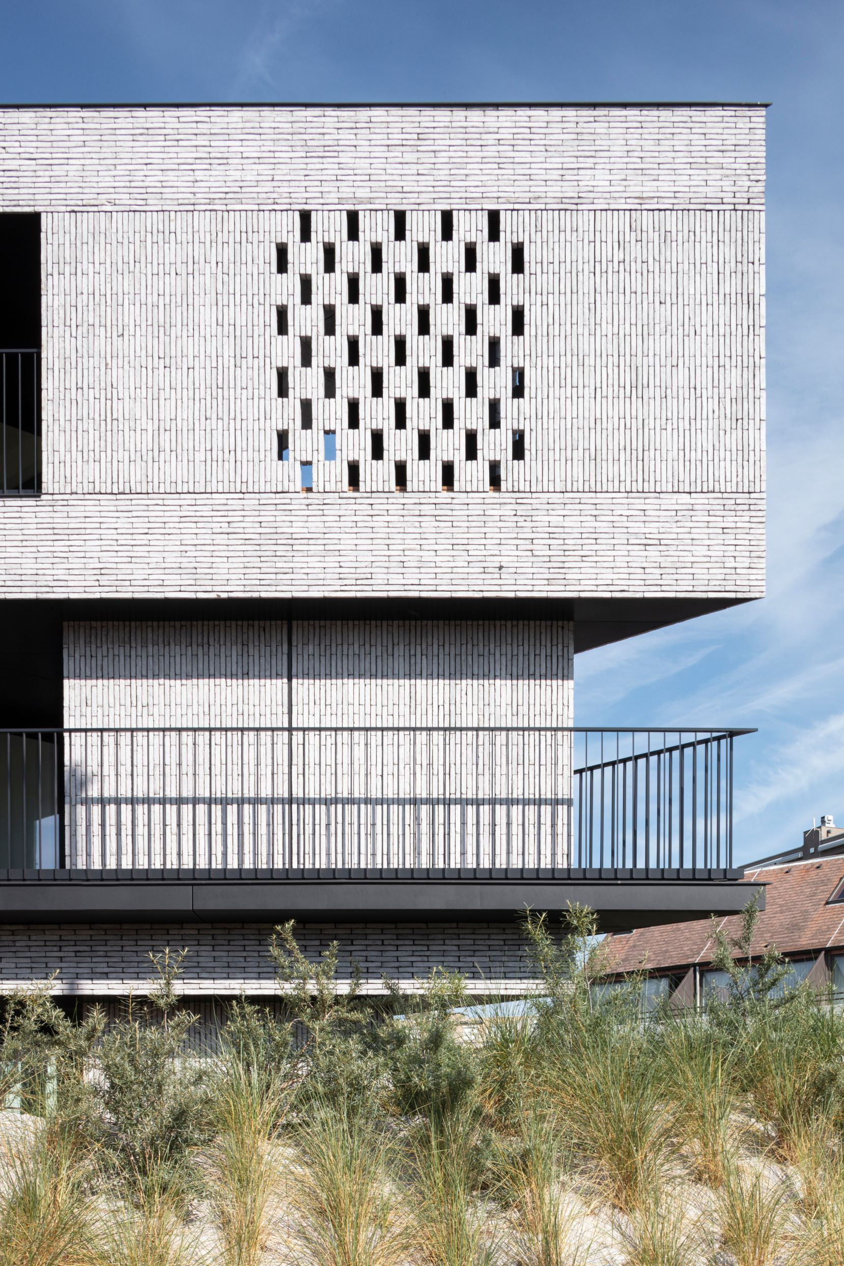 Pierre Paulin - Rietveldprojects - Sint-Idesbald - Tvdv9