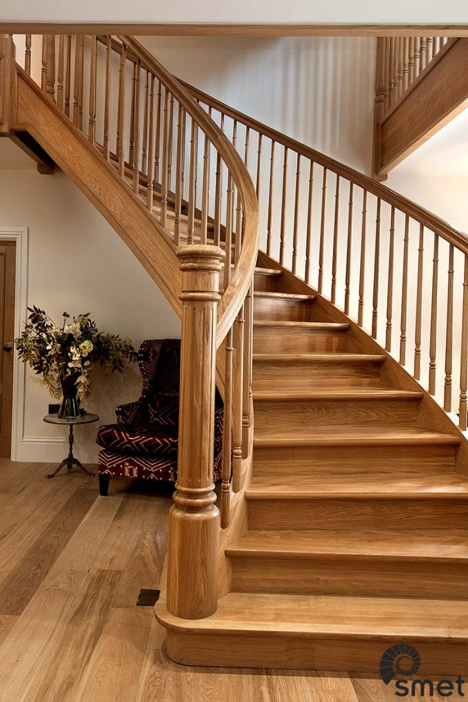 SmetStaircases-Wood-Guildford-C-SmetUK(1)
