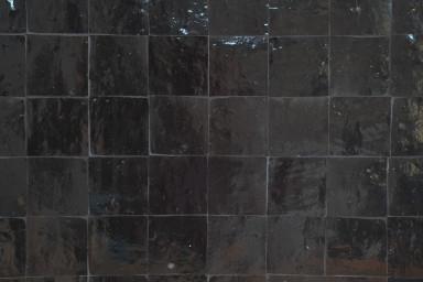 Zellige zwart (toonzaal).jpg