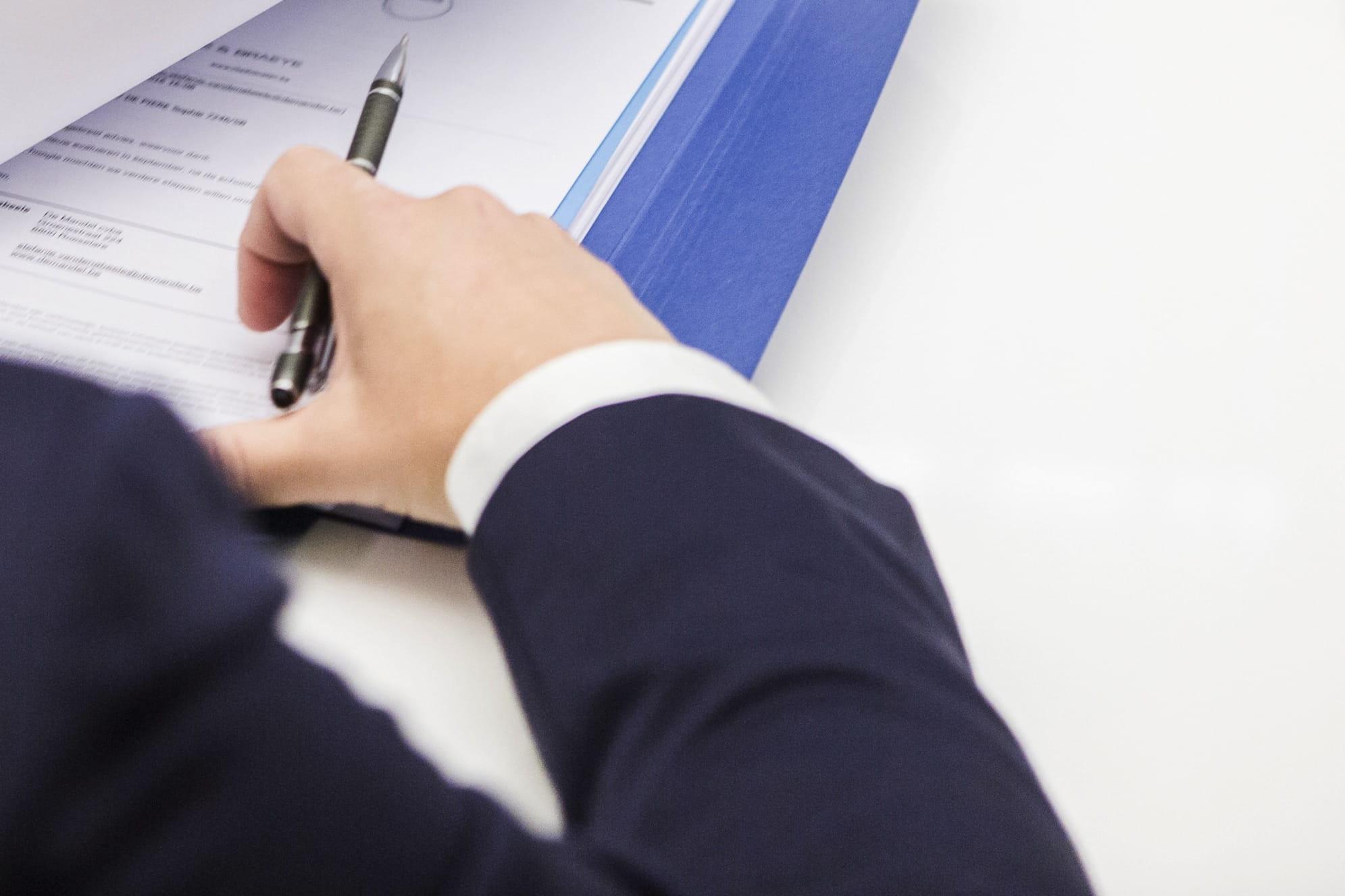 Advocatenkantoor in Roeselare bestaande uit een team gespecialiseerde advocaten. Ontdek onze kernexpertises en neem vrijblijvend contact op.