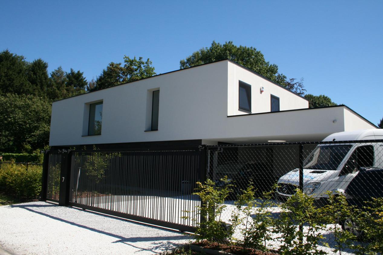Personnalisez votre façade Villa met witte gladpleister - 01.jpg