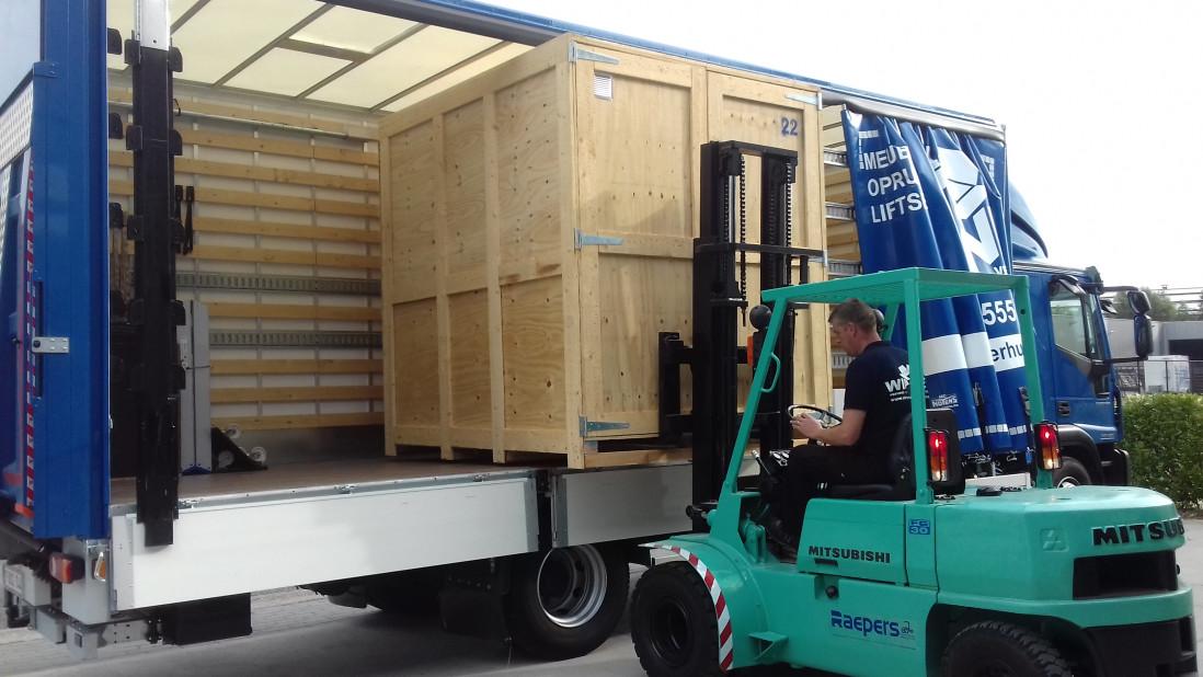 Laden vrachtwagen 2